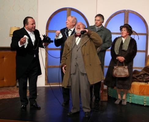 Oststadt Theater Drei Männer Im Schnee